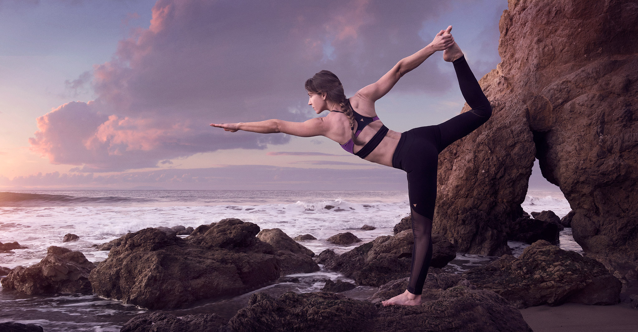 Yogi Balances at El Matador | Zach Ancell Photography